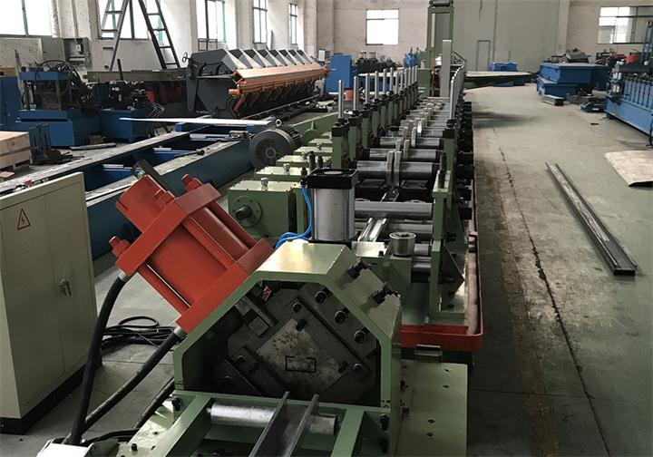 High Speed C Purlin Machine With