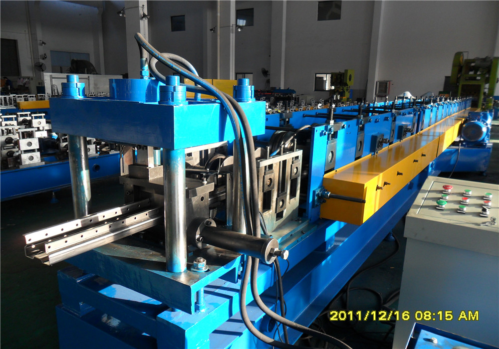 Shelf/Upright Cold Rolling Forming Machine